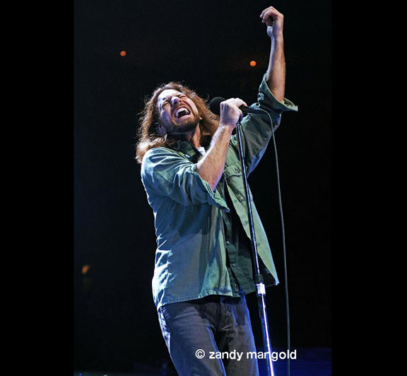 Eddie Vedder, Pearljam.  Photo by Zandy Mangold.  © 2009